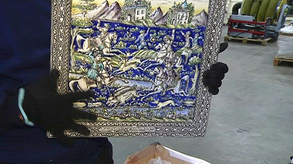 looted art example